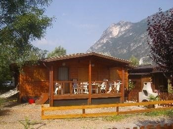 Tennis vacation rentals Italy, Italian Lakes, Porlezza